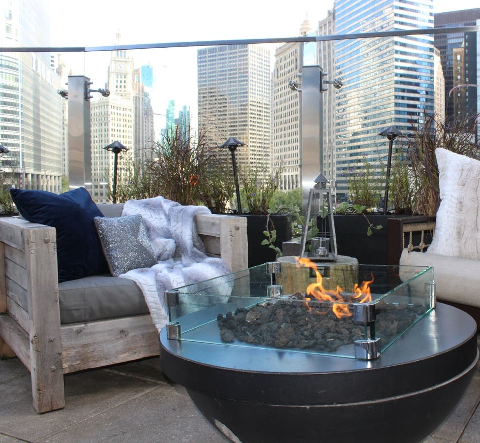 Raised An Urban Rooftop Bar Hosts An Evening Of Urban Glamping To Benefit Local Children S Miracle Network Chicago Il Business Directory