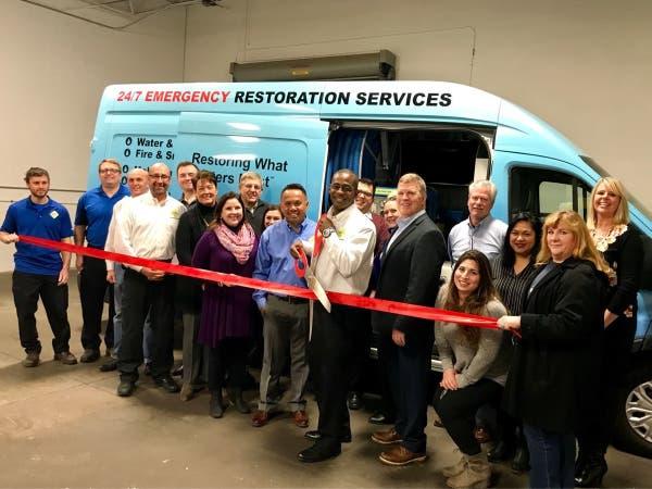 Royal Oak Chamber Of Commerce Hosts Ribbon Cutting