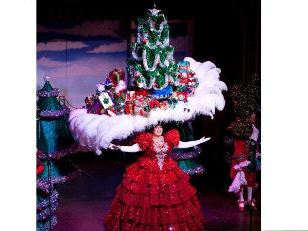 Beach Blanket Babylon Holiday Extravaganza San Francisco