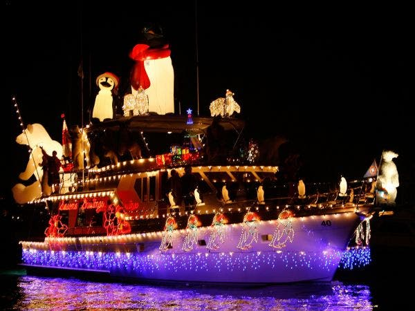 Dec 8 Harbour Cruise Of Lights Boat Parade 2018