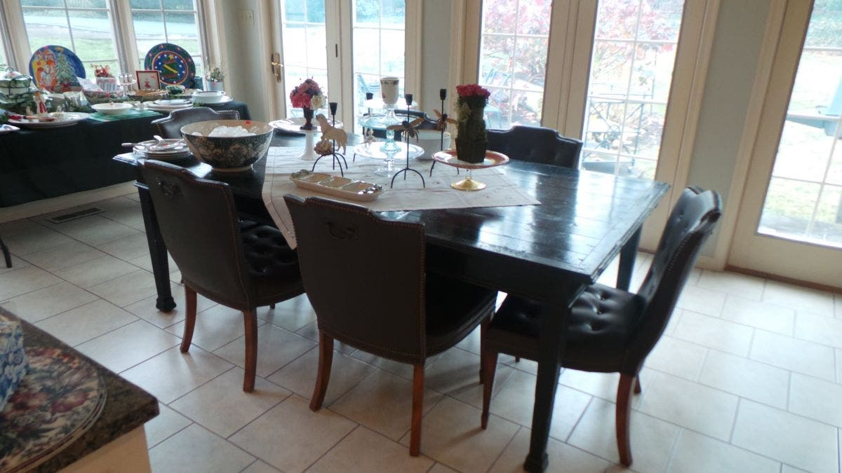 Cool Dec 31 Wynnewood Pa 3 Day Estate Sale Packed House Great Pdpeps Interior Chair Design Pdpepsorg