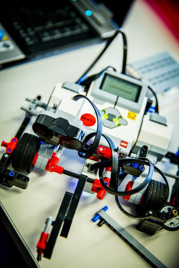 Dec 31 | EV3 Lego Robotics - Ages 10-14 | Brookfield, WI Patch