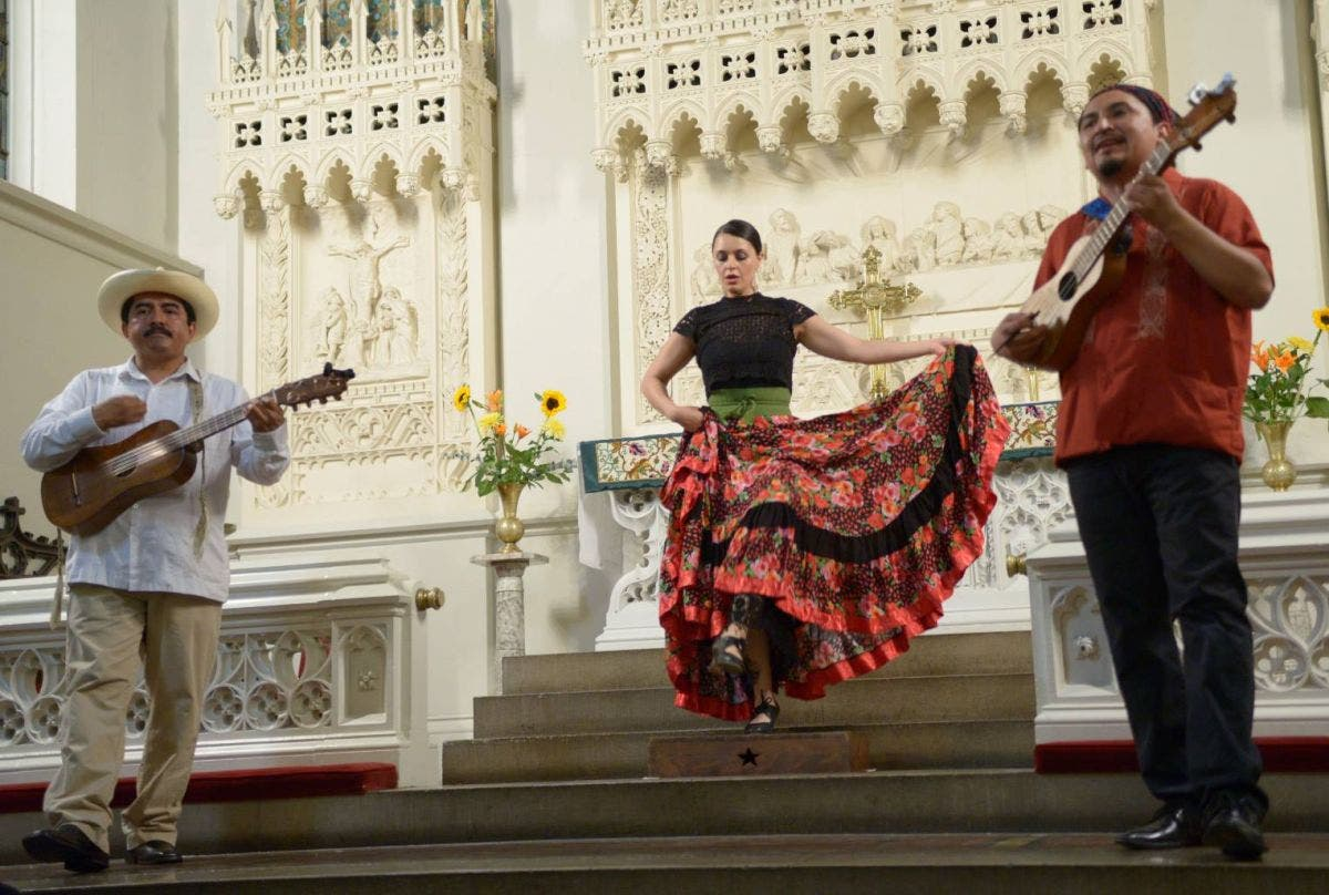 Dec 31 | Mexican Song, Dance and Poetry Performance