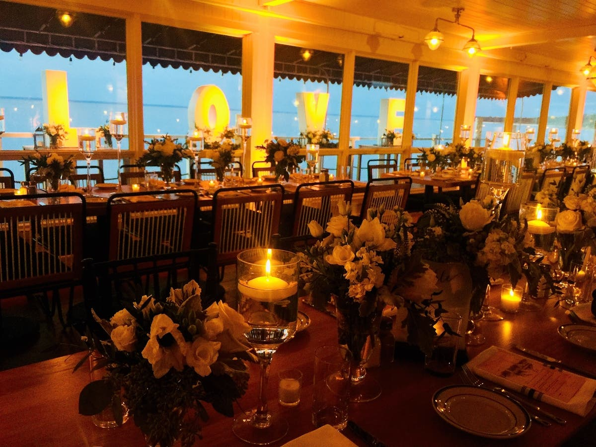 Dec 31 North Fork Waterfront Wedding Expo The Halyard