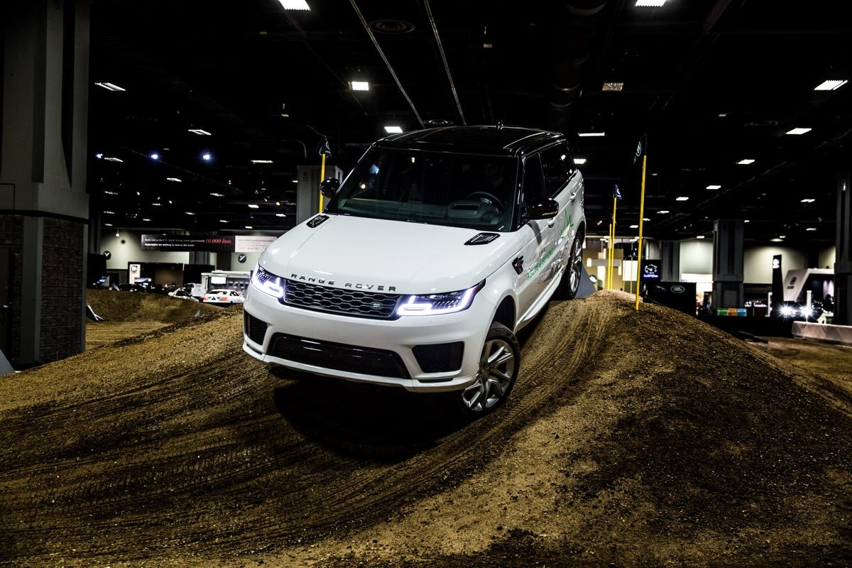 Land Rover Chicago >> Feb 12 Land Rover To Host Interactive Indoor Off Road Experience
