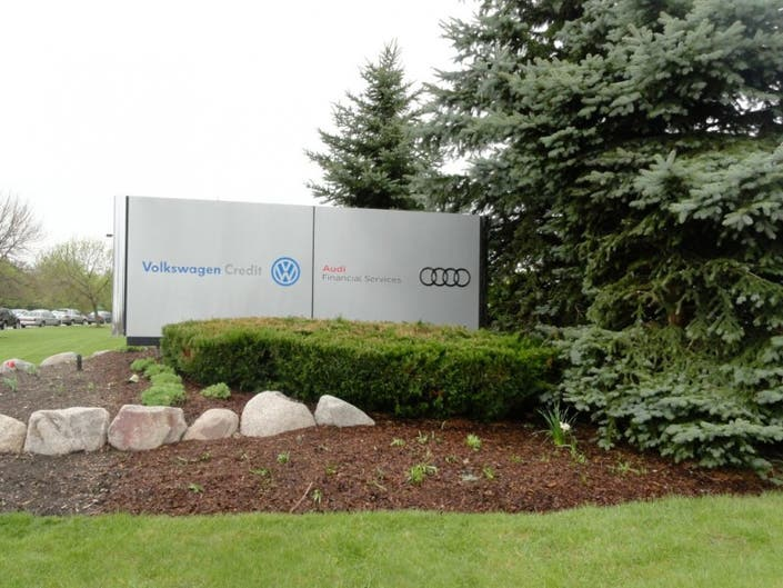 Vw Credit To Add 150 Jobs In Libertyville Libertyville Il Patch