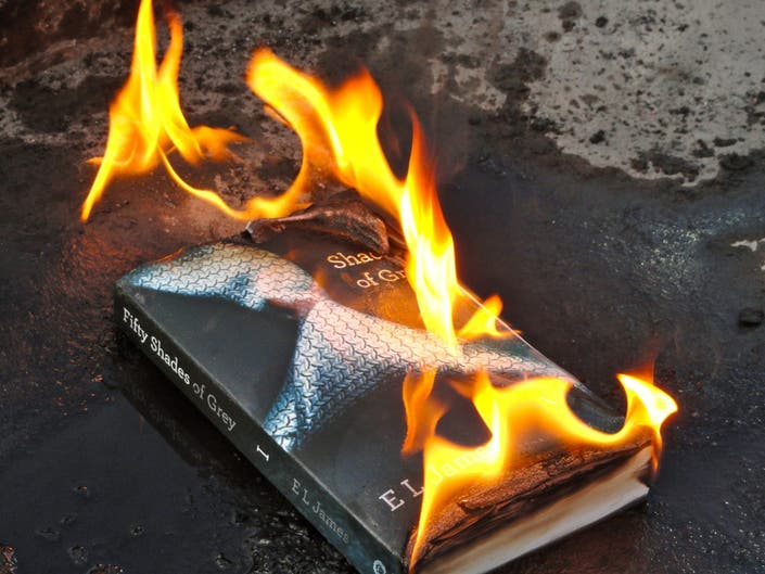 Quot Fifty Shades Of Grey Quot Charred During Book Burning By Ohio