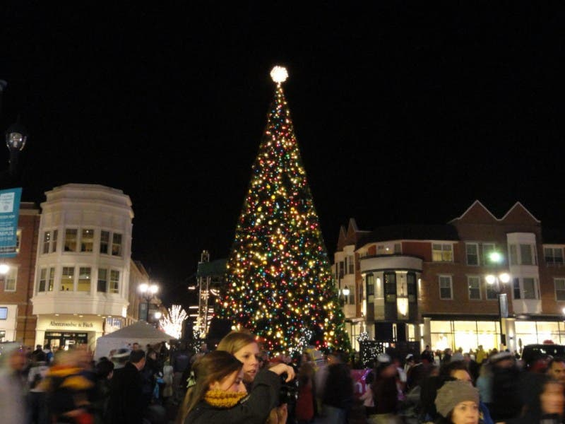 Crocker Park Holiday Tree Lighting Extravaganza - Crocker Park Holiday Tree Lighting Extravaganza Westlake, OH Patch