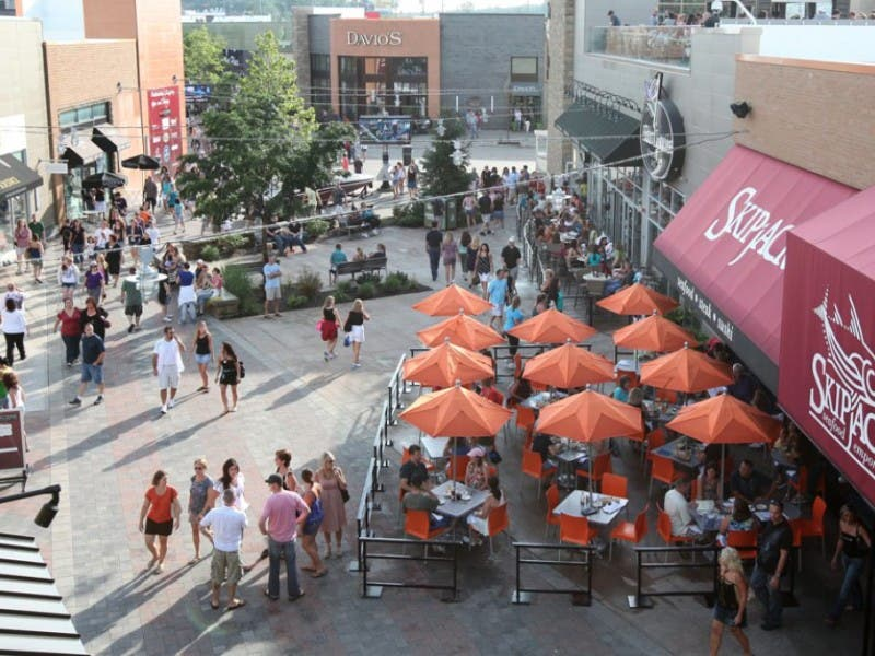 Patriot Place Restaurants To Raise Funds For Boston Marathon Victims