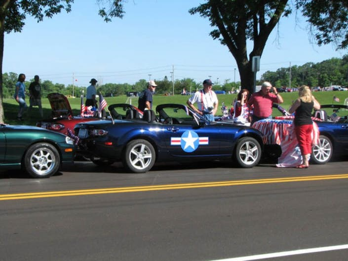 Miata Club Of Minnesota Pares In Funfest Parade 0