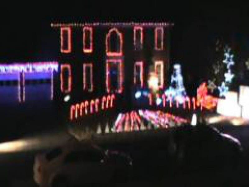 enjoy georgia christmas light displays on a budget 0
