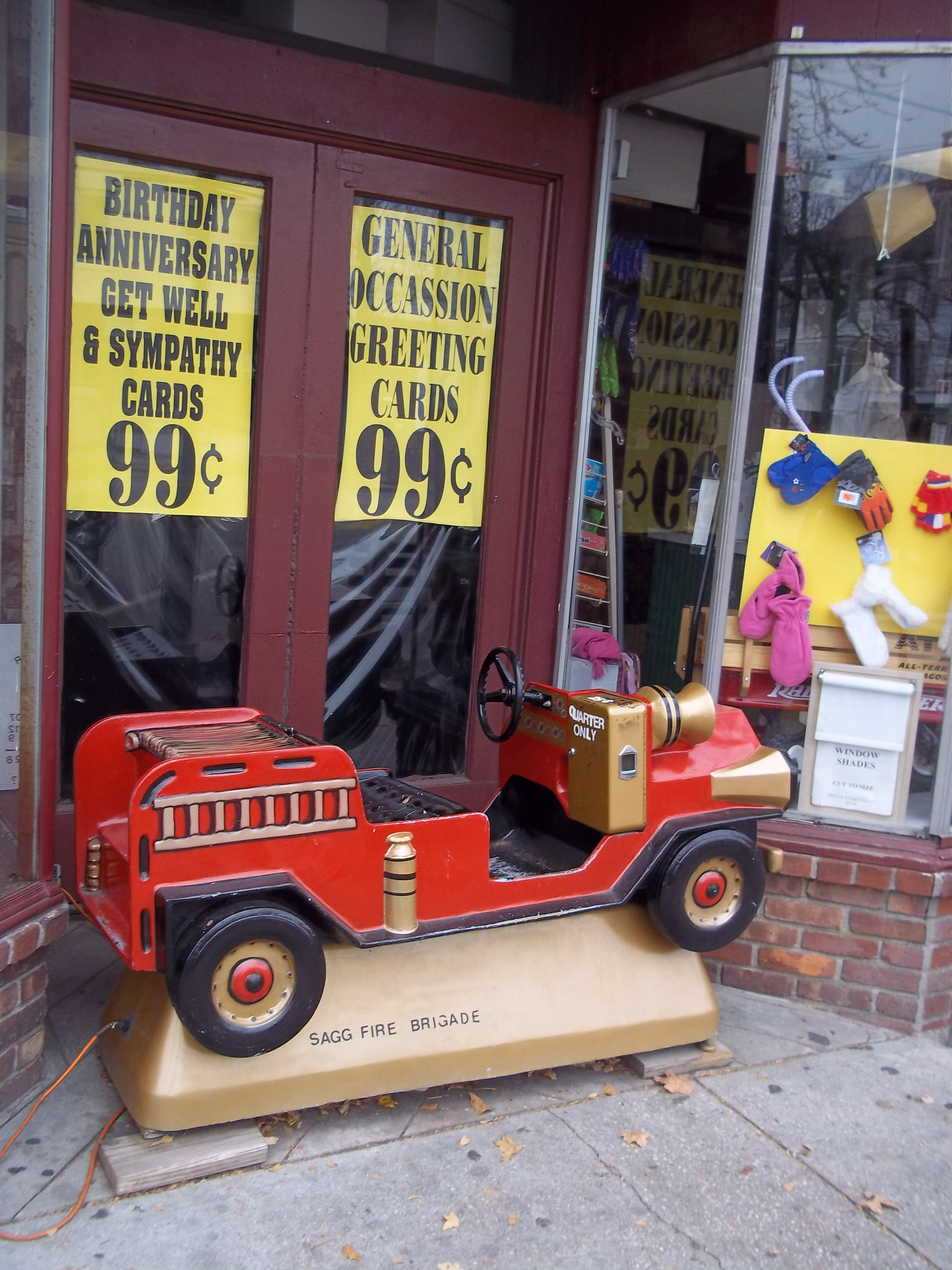 Does The Sag Harbor Fire Dept Collect Toys For Christmas 2020 Hamptons Tradition: Shopping the 5 and 10 cent Sag Harbor Variety