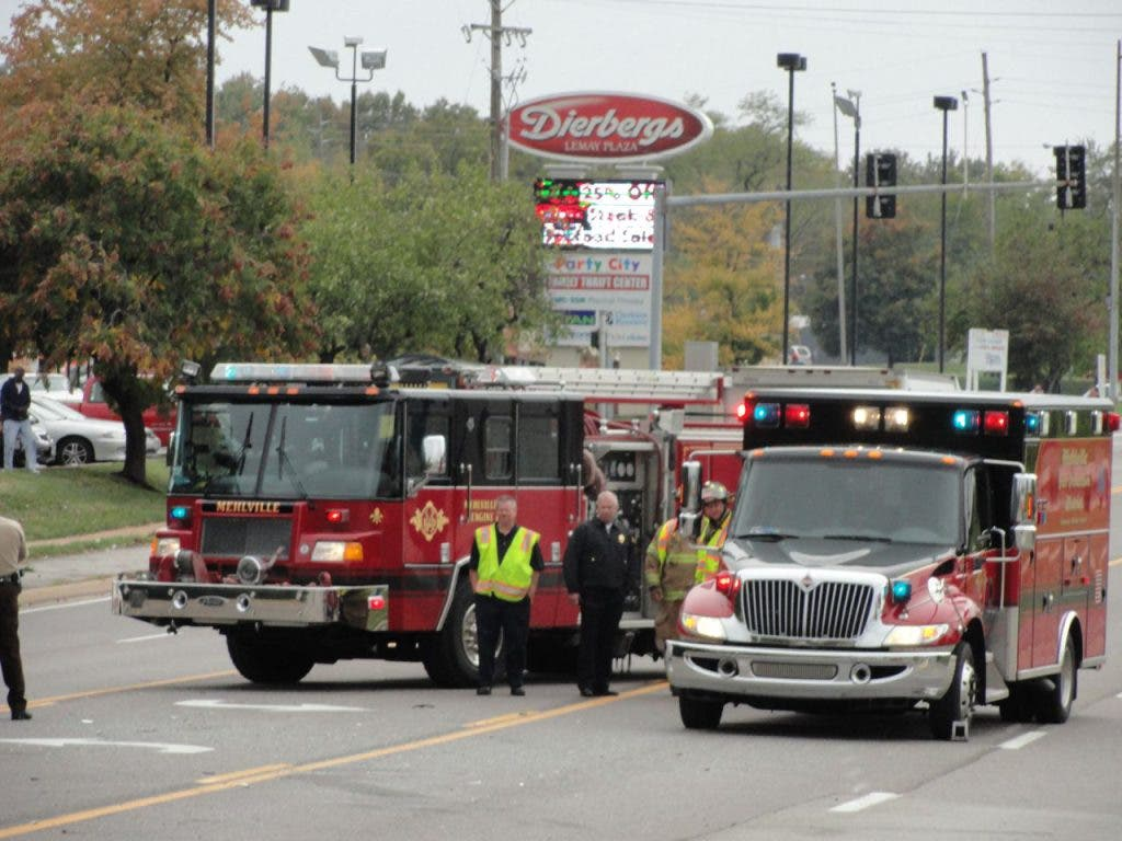 Five Taken to Hospital in Four-Car Accident on Lemay Ferry