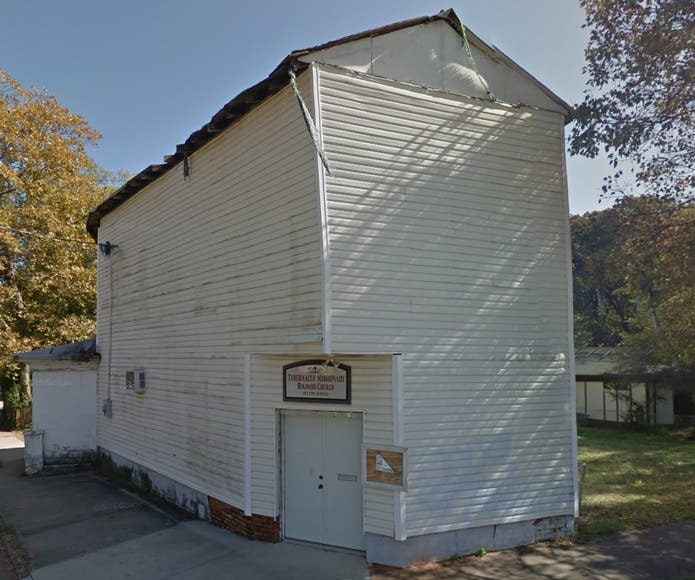 Abandoned Building In Oakhurst To Be Demolished