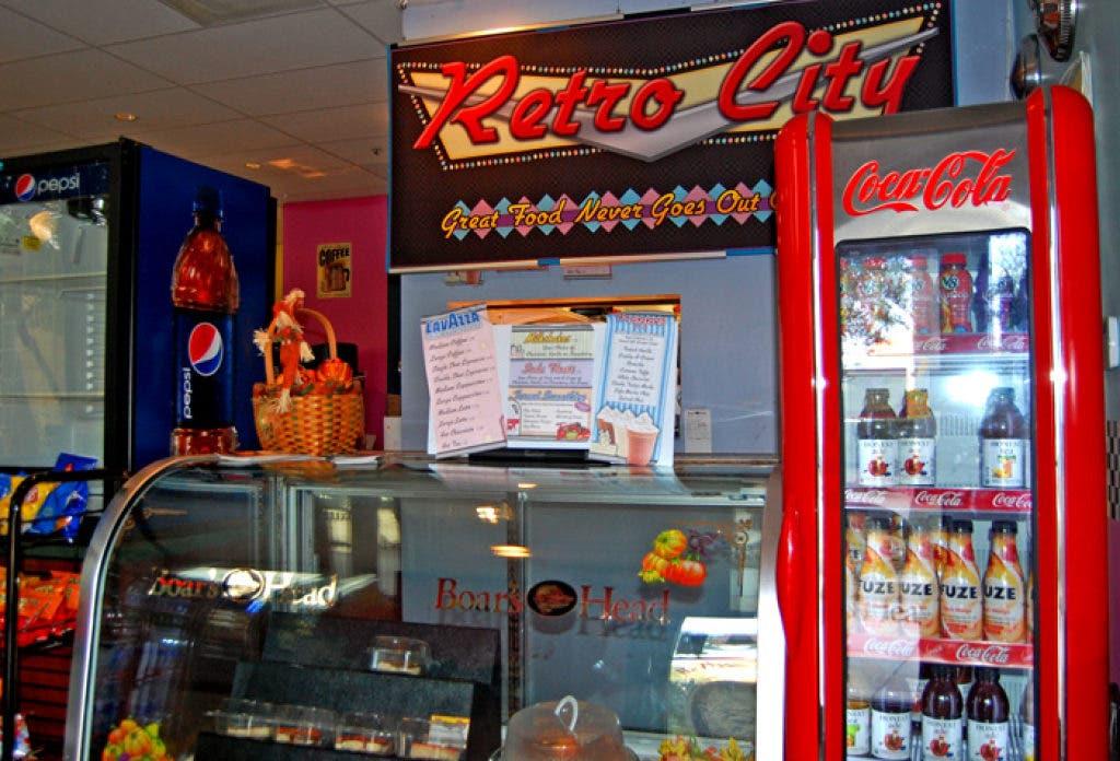 Retro City Serves Up Diner Classics With 1950's Flair