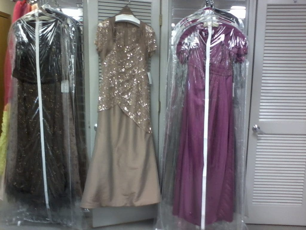Celebrities To Those In Need Find Fashion At Kimberly Bond Boutique Orland Park Il Patch