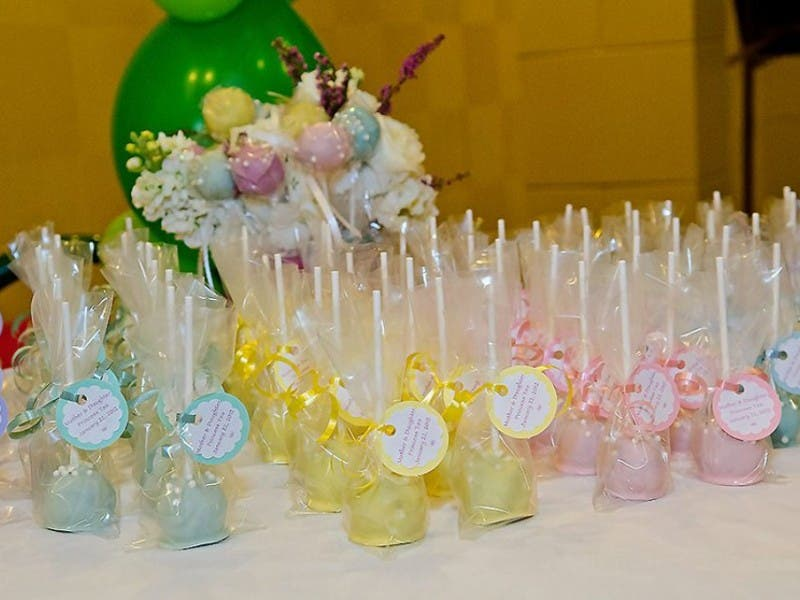What\'s Better Than Cake and Lollipops? Cake Pops! | Holliston, MA Patch
