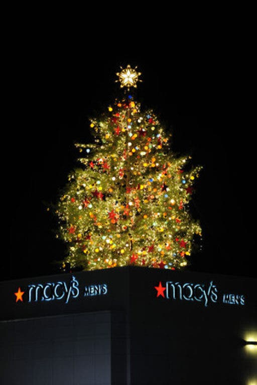 Macys Christmas Tree.Macy S Christmas Tree Lighting Buckhead Ga Patch