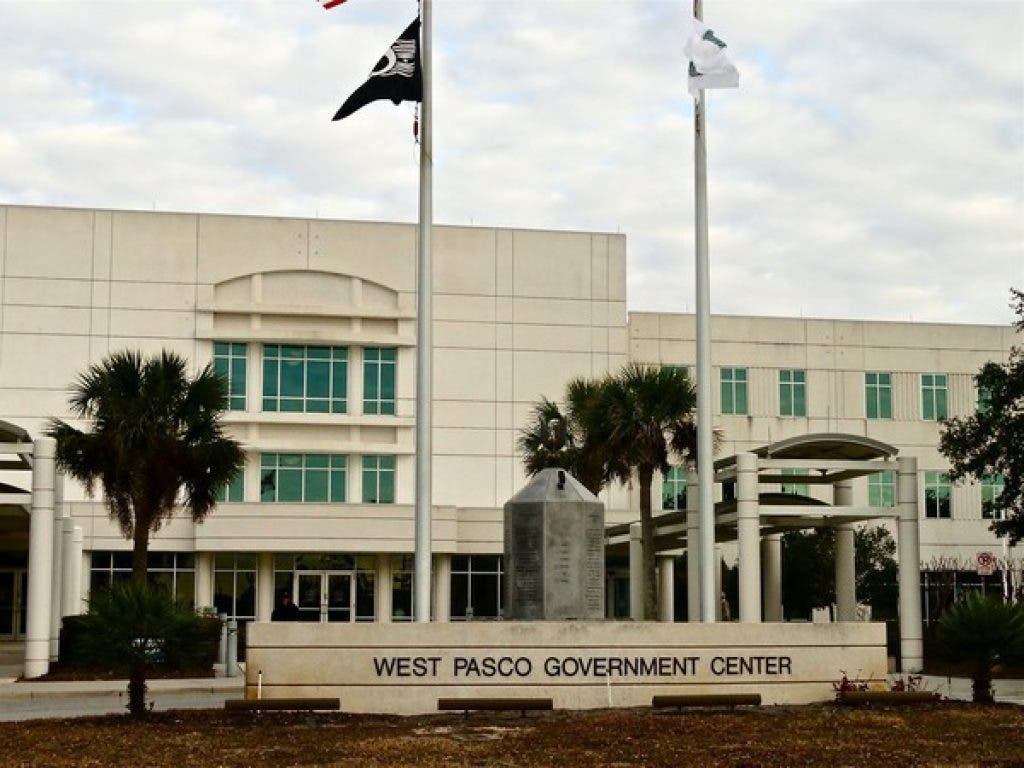 Amazing City Pasco County Government Offices Close For The Holidays Home Remodeling Inspirations Propsscottssportslandcom