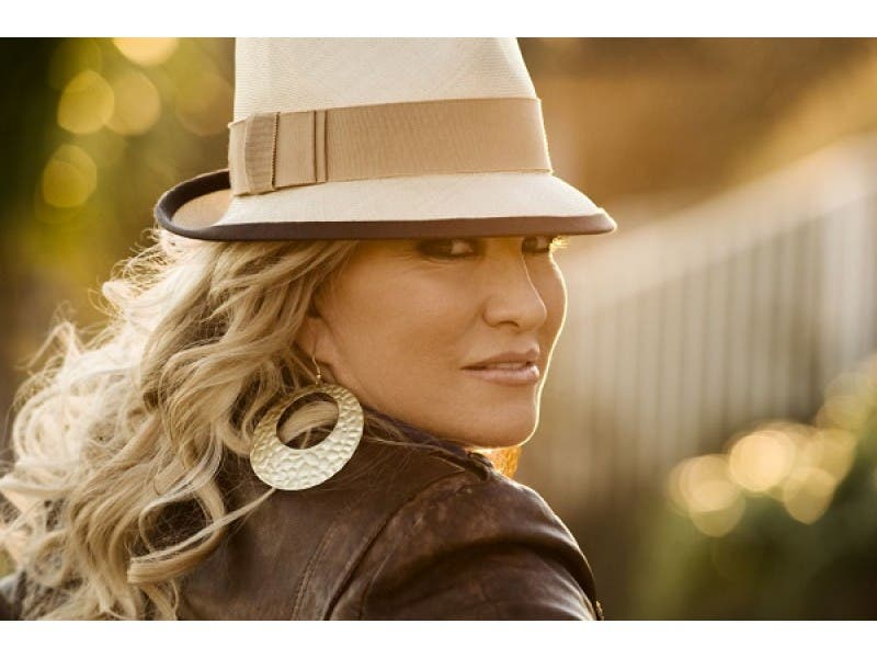 tanya tucker cancels florida strawberry festival show brandon fl