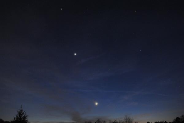 Rare Planetary Alignment of Jupiter, Venus and Mercury Visible Now