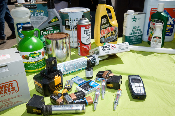 What is Considered Household Hazardous Waste?   Middletown ...