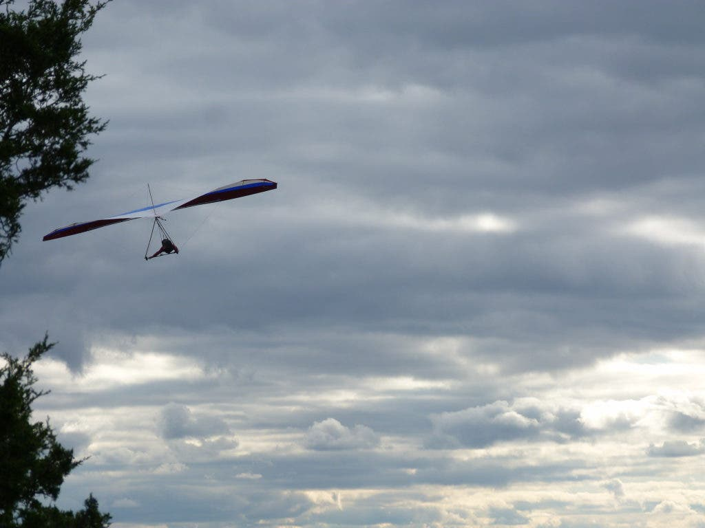 Video: Hang Gliding in Simsbury | Canton, CT Patch