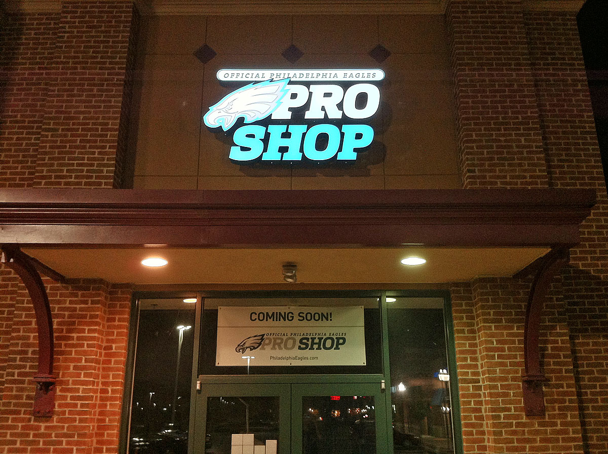 huge discount 45e97 dcb36 Brian Westbrook to Open Eagles Pro Shop in Cherry Hill ...