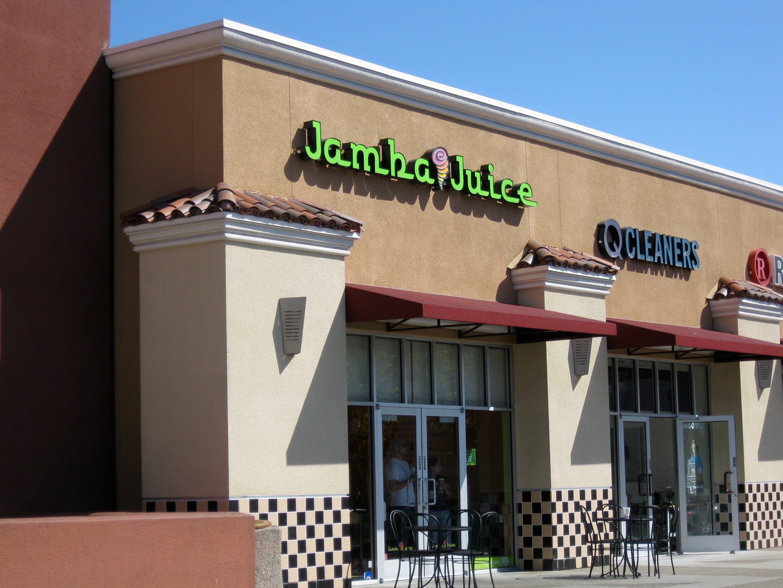 Women Fight Over Boyfriend Inside Jamba Juice Union City