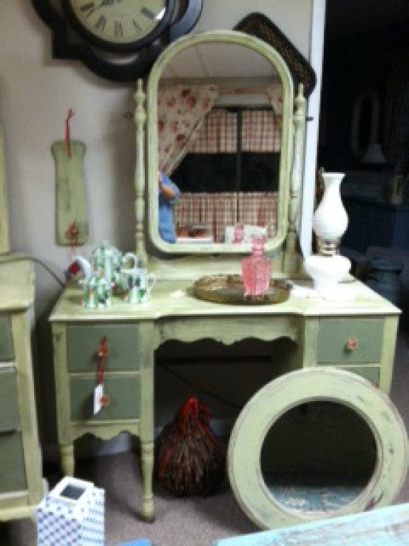 The Red Dresser Is Now Open Edgewater Md Patch