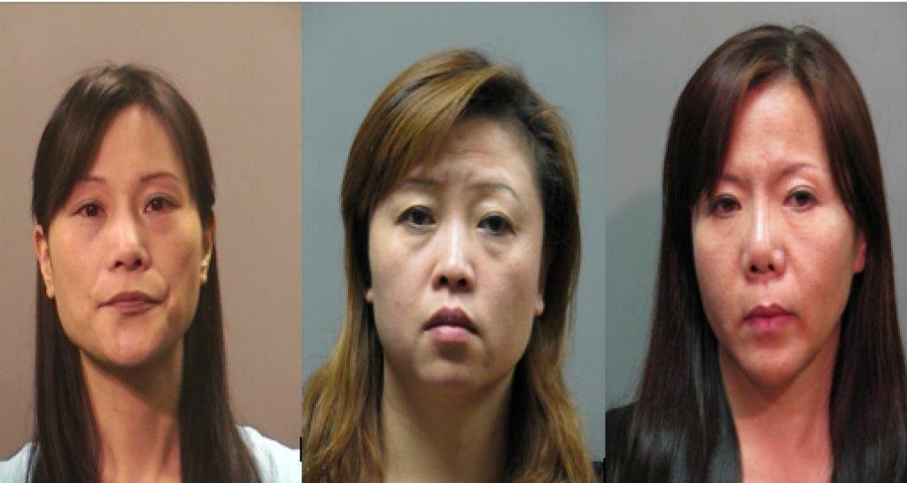 Chinese women feet suck