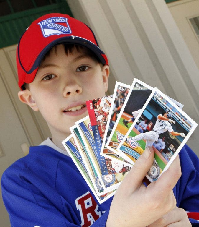 Baseball Card And Sports Memorabilia Show Comes To White