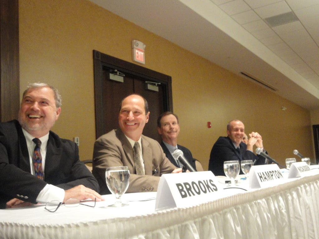 Panel of Cleveland Clinic Doctors Educate & Amuse Mayfield