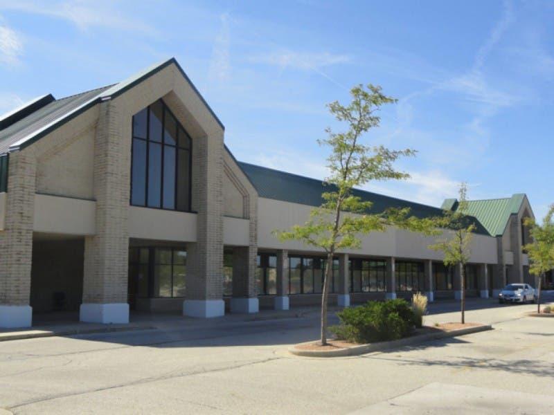 big lots opening retail store in menomonee falls 0 - Big Lots Christmas Commercial