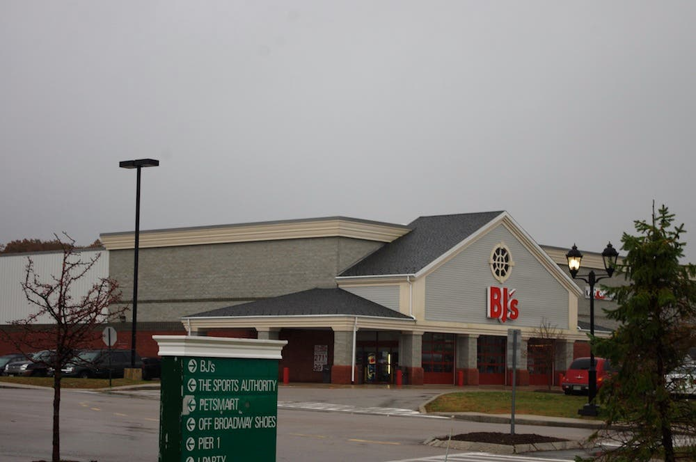 BJ's Wholesale Offering $2 50/gallon Gas Thursday | Plymouth, MA Patch