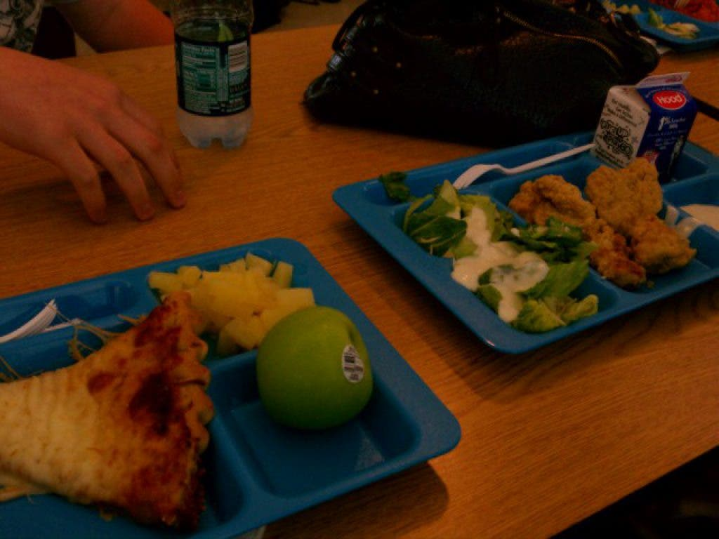 School Lunch Prices Going Up for Pinellas County Students