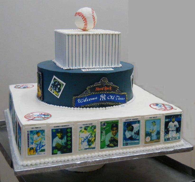 Tremendous Homestyle Bakes For The New York Yankees Peekskill Ny Patch Funny Birthday Cards Online Benoljebrpdamsfinfo