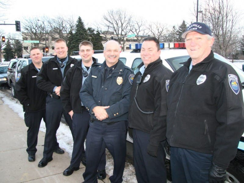 Lakeville Police Department Bring 1 200 Donated Items To Toys For Tots