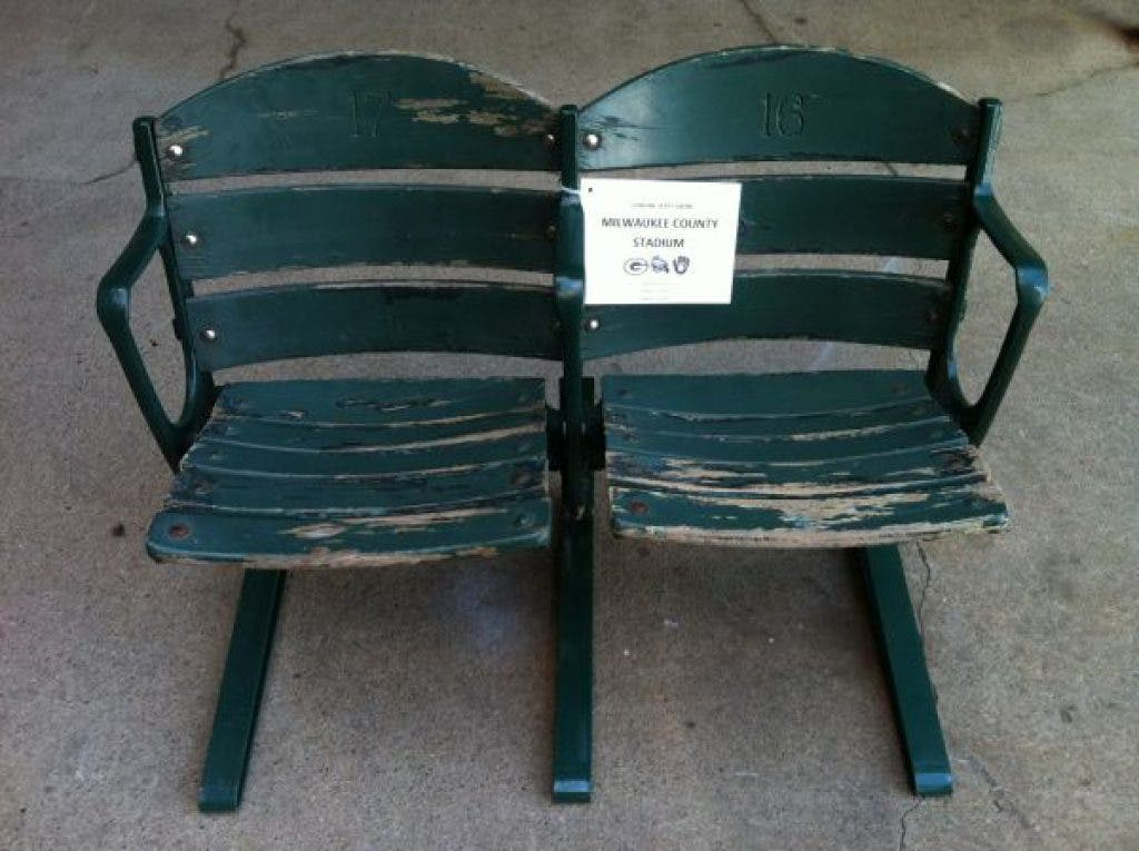 Found on Craigslist: Seats, Chairs and Thrones   Fox Point ...
