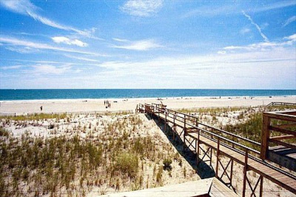 West Hampton Dunes Seeks Best Red