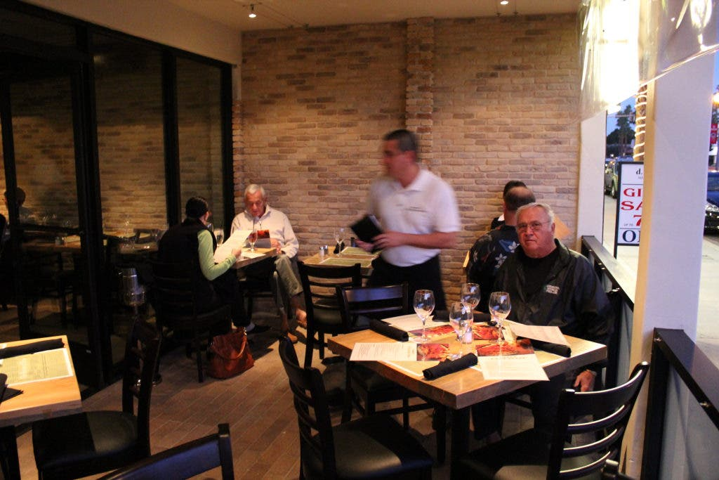 Piero S Pizza Vino Opens Doors On El Paseo Palm Desert Ca Patch