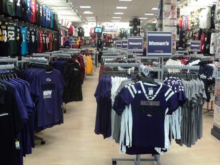 4248ce46ed0bc ... Locker Room by Lids is the Newest Addition to White Marsh Mall-0 ...