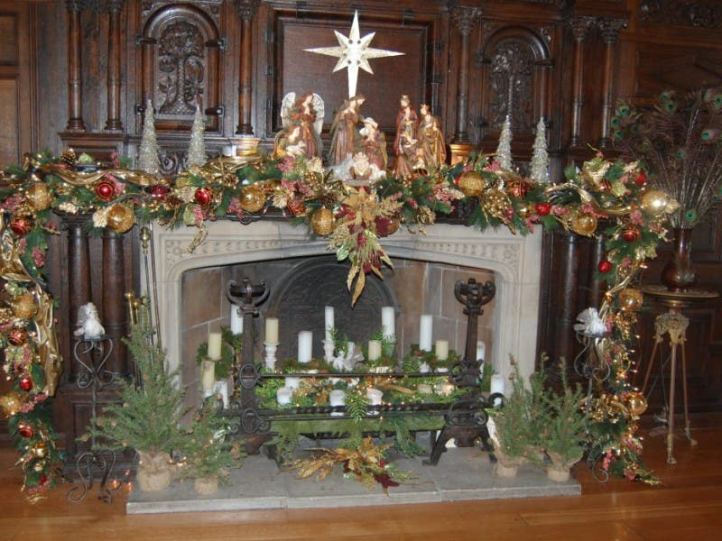 day tripper discover the details behind the decorations at hartwood acres mansion 0 - Mansion Christmas Decorations
