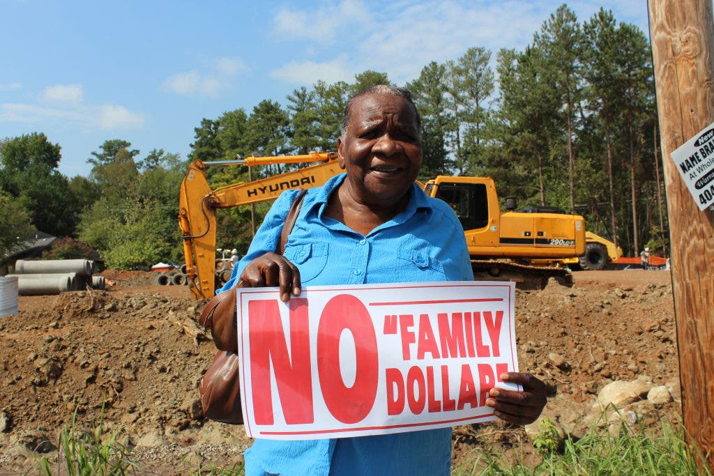 No Family Dollar, Town Hall Meeting at Adamsville Recreation