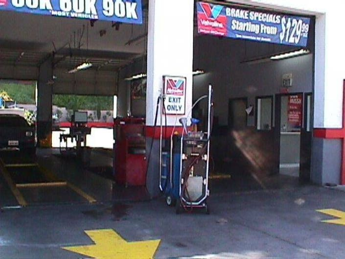 Best Place For Oil Change >> Readers Choice Vote For The Best Oil Change Place In