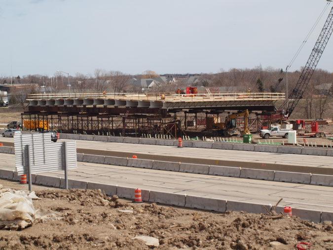 Rawson Avenue Bridge Rolls Into Place (Video) | Oak Creek