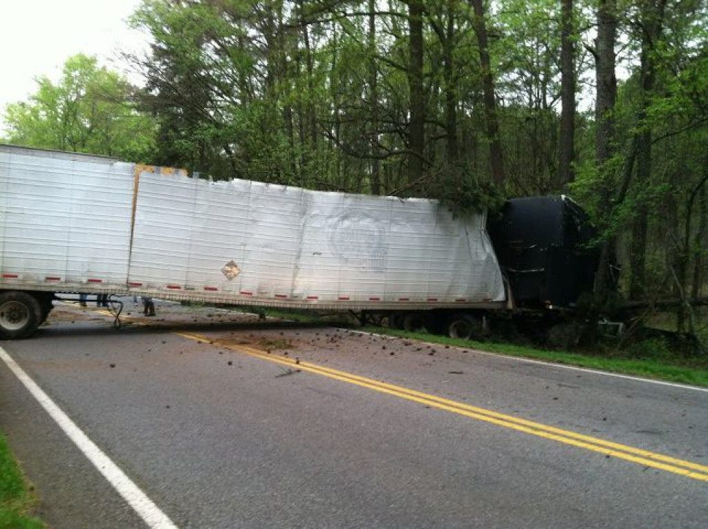 Overturned Tractor-Trailer Accident Cleared, US 441 South of