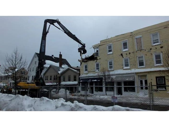Lincoln Building Demolition Progression, Snow Count From