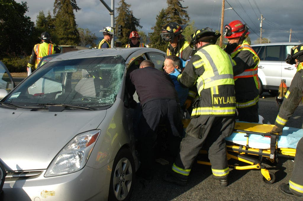 1 Person Injured in 3-Car Crash on Highway 29 | Napa Valley