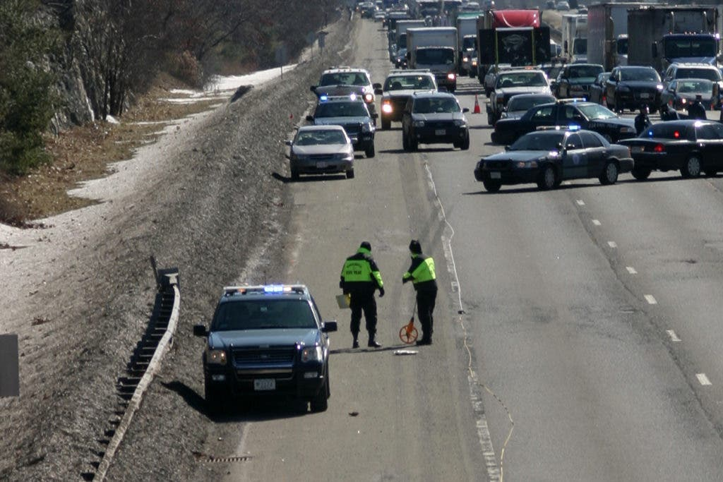Updated at 9:36 p m : Man Killed on I-93 After Attempted Hubcap